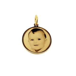 9ct Yellow Gold 19mm Round Photo Engraved Disc Pendant